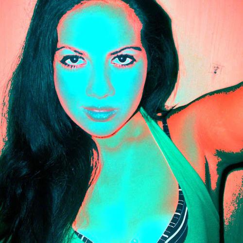 Ana Caro 4's avatar