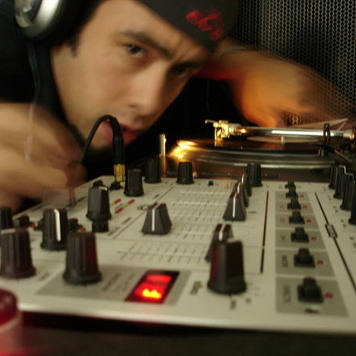 DJ Repeet's avatar