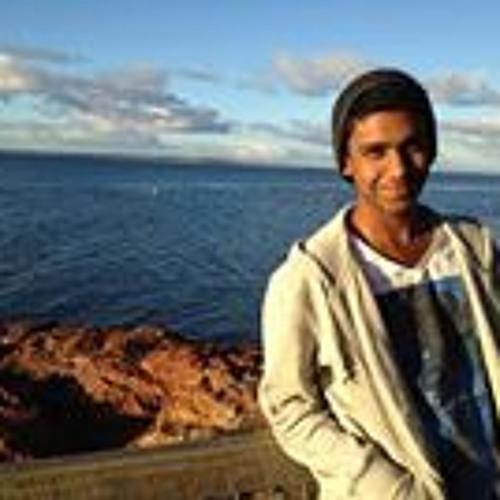 Chamil Abeyesekera's avatar