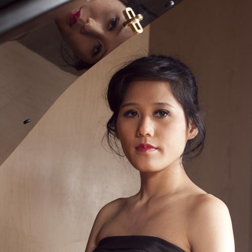 Anh Rozman: Concert Pianist, Accompanist, Teacher's avatar