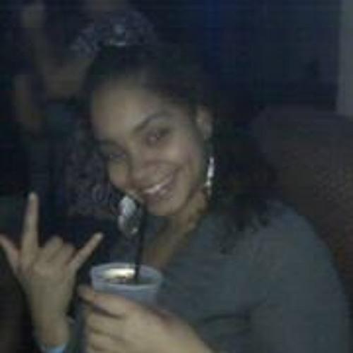 Yesenia DonDiva Hernandez's avatar