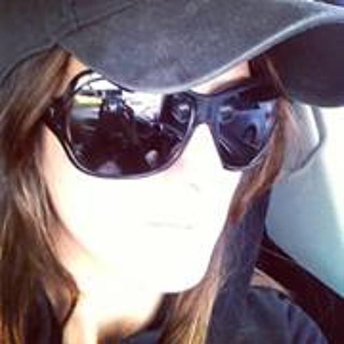 Paula Arranha's avatar