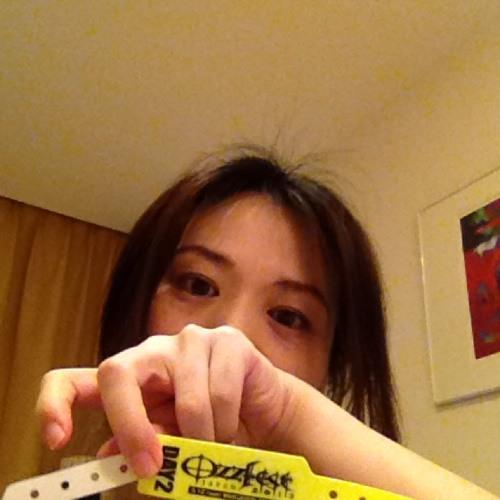 Akiko Waka's avatar