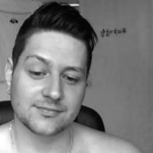 Alexx iLord's avatar