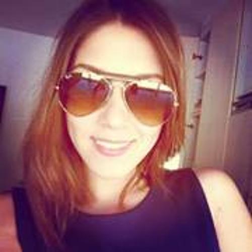 Letícia Moreira 12's avatar