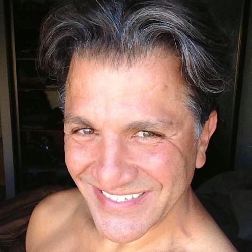 yosef haviv's avatar