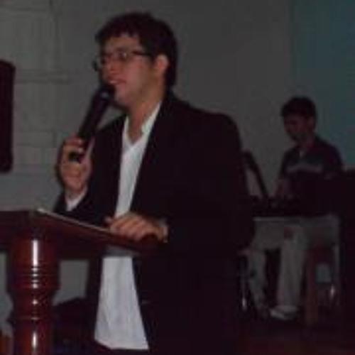 Luryan Santos's avatar