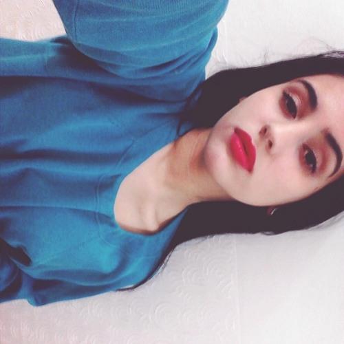 Mariana Porto 1's avatar