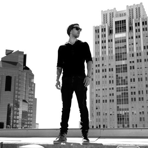 Josh Falcón's avatar