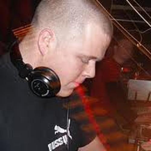 AshtonMann's avatar