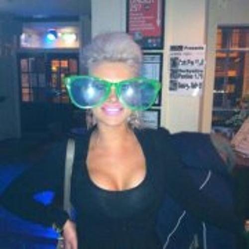 Clare Wardel's avatar