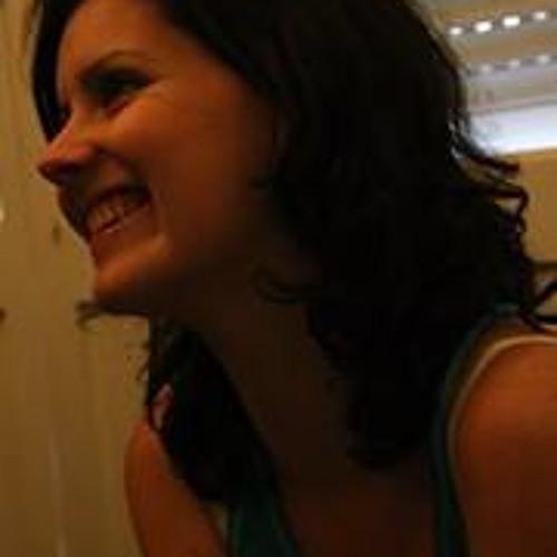 Bruna Scherdien's avatar