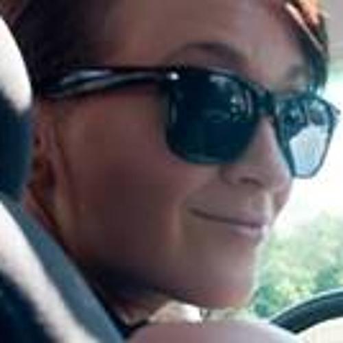 Charlotte Moore 13's avatar