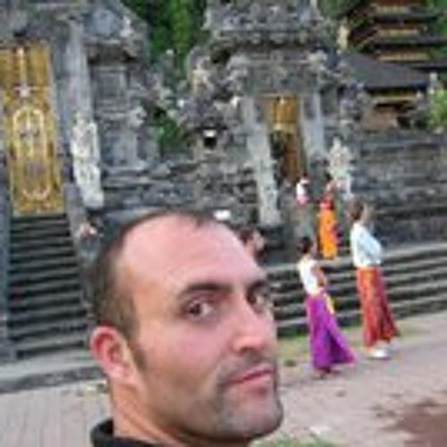 mario zaratan's avatar