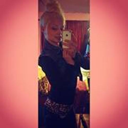KellieeNicolee's avatar