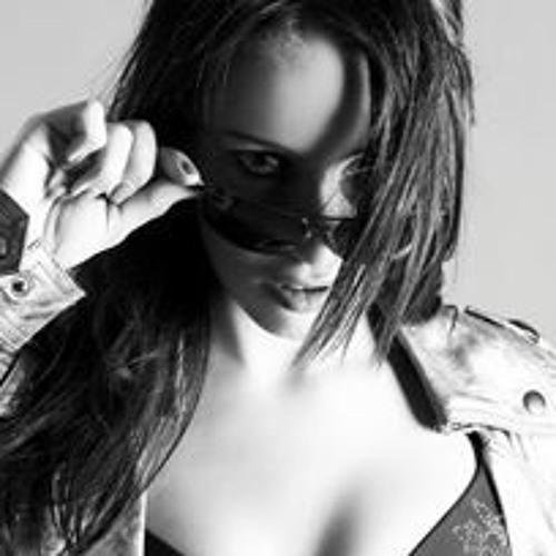 Andrea RavenWing's avatar