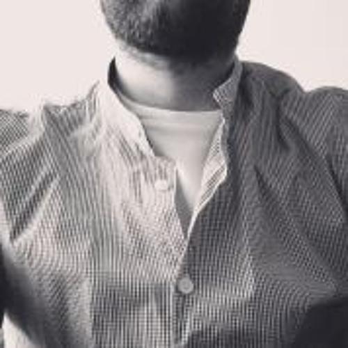 Adrian Mato's avatar