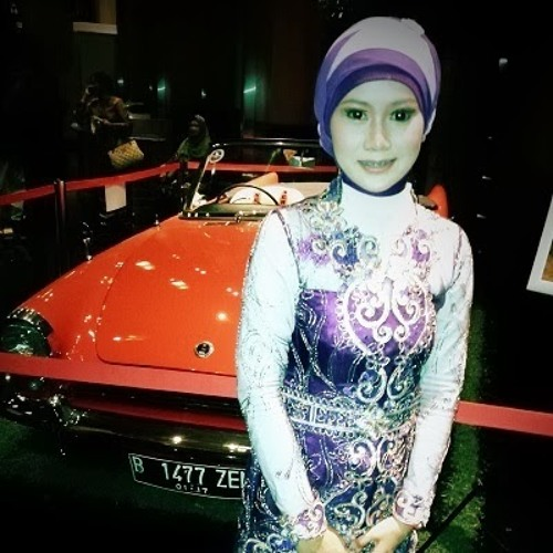 Nana Karlina's avatar