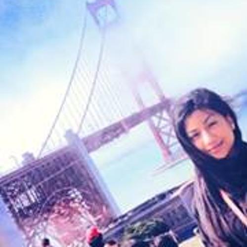 Alyssa Devi's avatar