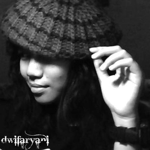 dwifaryani's avatar
