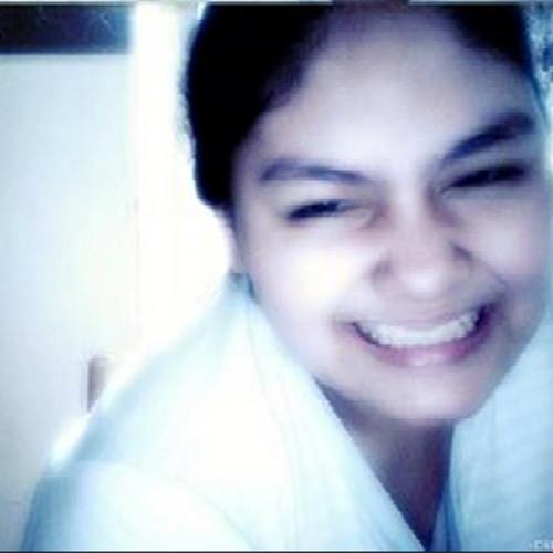 The Ella Briones's avatar