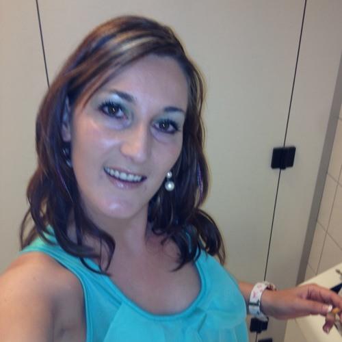 Leonaa27's avatar