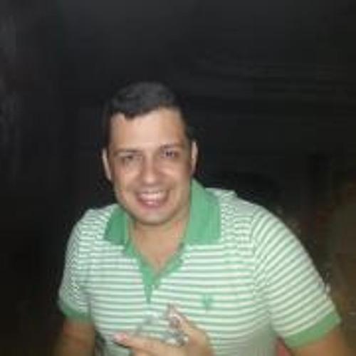 Fabio Dias 24's avatar