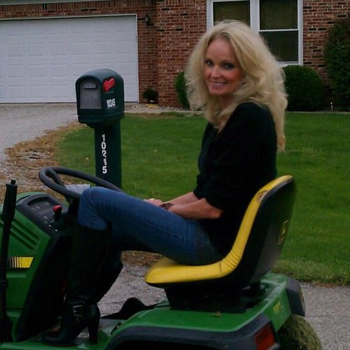 Deb Simmons Ayer's avatar