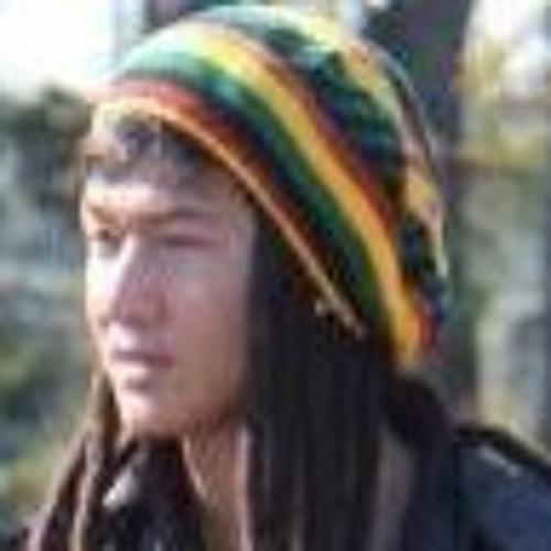 Nathan Nguyen 14's avatar