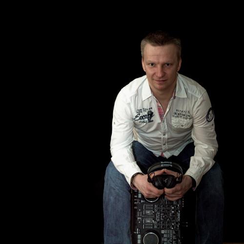 DJ Peewee's avatar