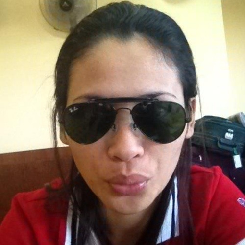 vivian tayo's avatar