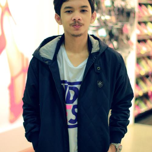 Tengkuualif's avatar