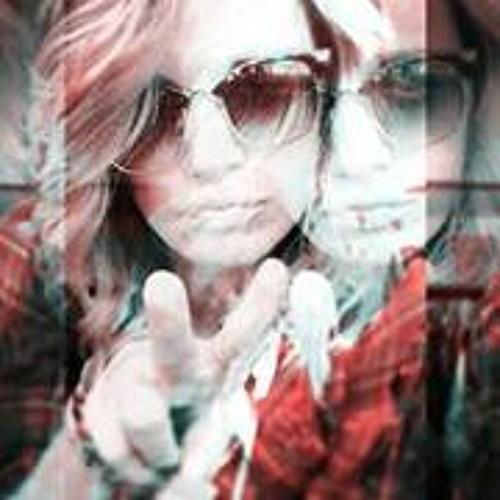 Emily Behnke's avatar