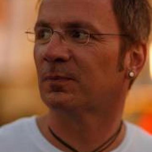 Andreas Müller 71's avatar