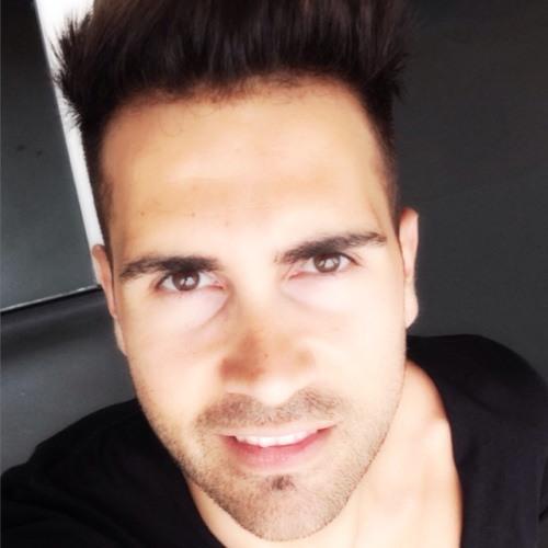 AlexKev's avatar