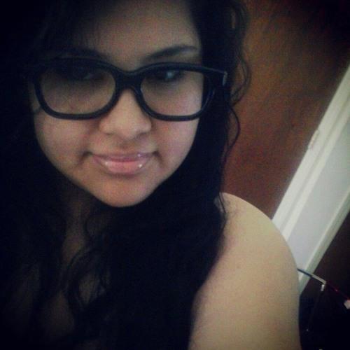 Betsy Martinez 3's avatar