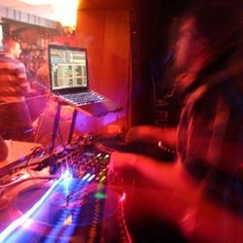 DJ Kezzz's avatar