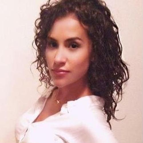 Gia Salazar's avatar