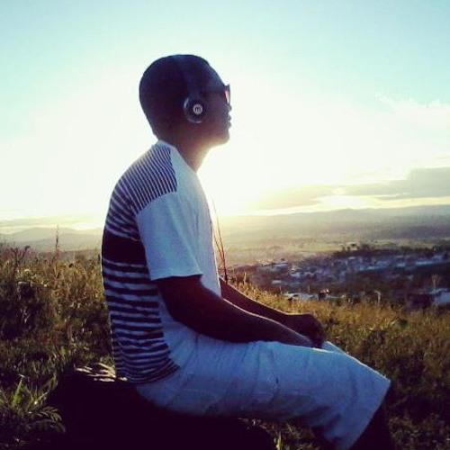 Heitor Oliveira 4's avatar