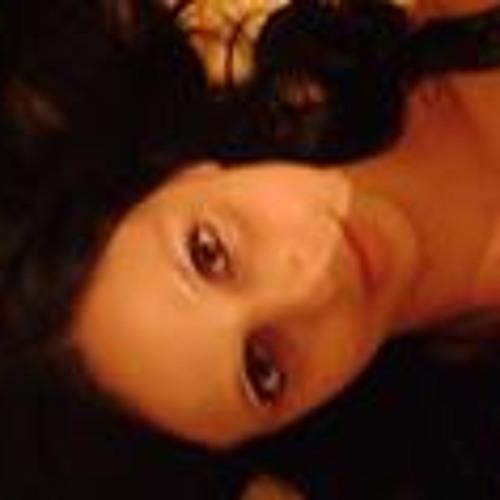 Mariana Oliveira 79's avatar