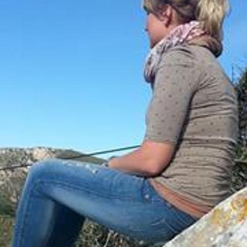 Caroline Peckaa's avatar