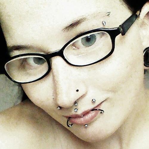 Piercedqueen24's avatar