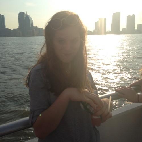 Emily Whitney's avatar