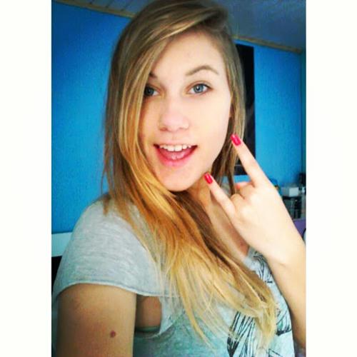 Gabriela Martins 32's avatar