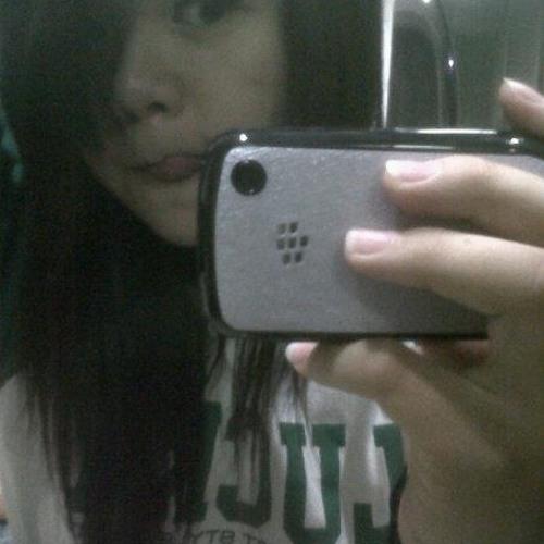 Jessica Lioe's avatar