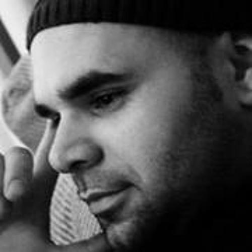 Chris Lamont 2's avatar