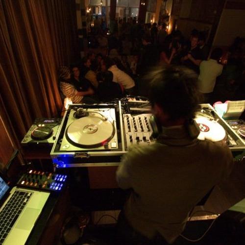 DJ Rui's avatar