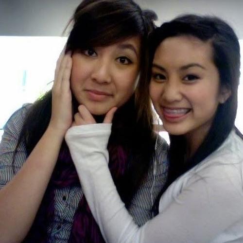 Julie Trang's avatar