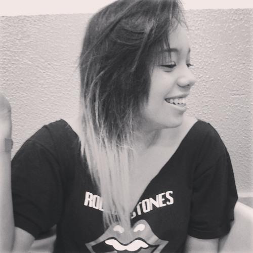 Larissa Barros 9's avatar