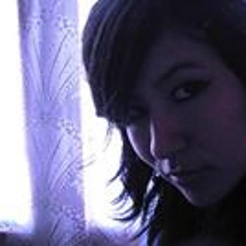 Klari Moreno's avatar